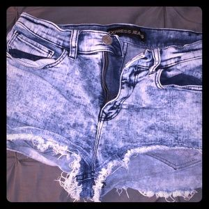 Express high waisted jeans!
